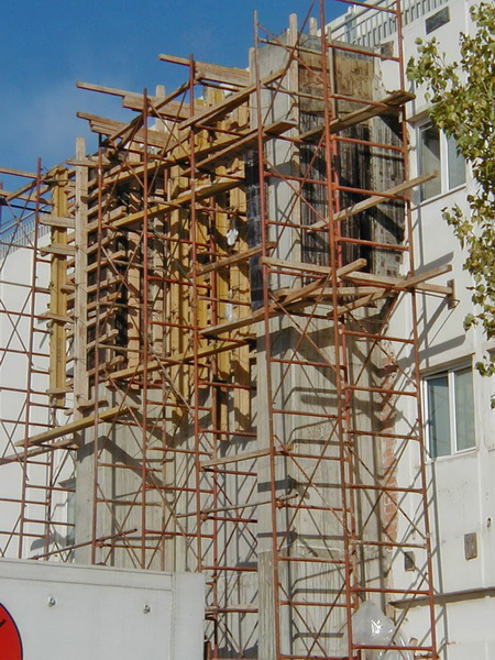 Office & Warehouse Complex, Voyatzoglou Systems, Metamorfosi, Athens-Strengthening with new cores, Construction phases
