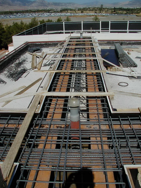 Hospital in Elefsis, Athens-Strengthening by steel composite method, Construction phases