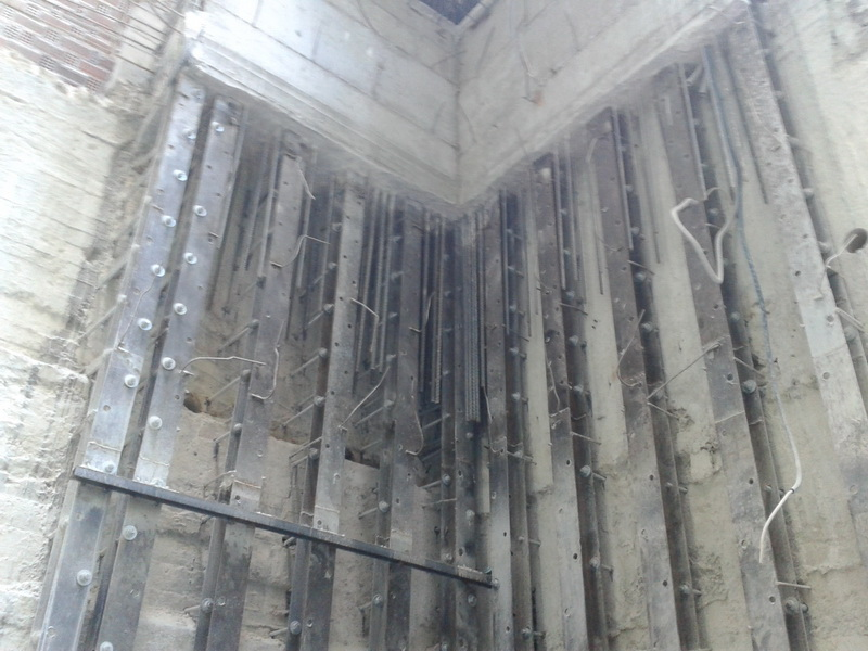 -Retaining structure, Strengthening by steel composite method