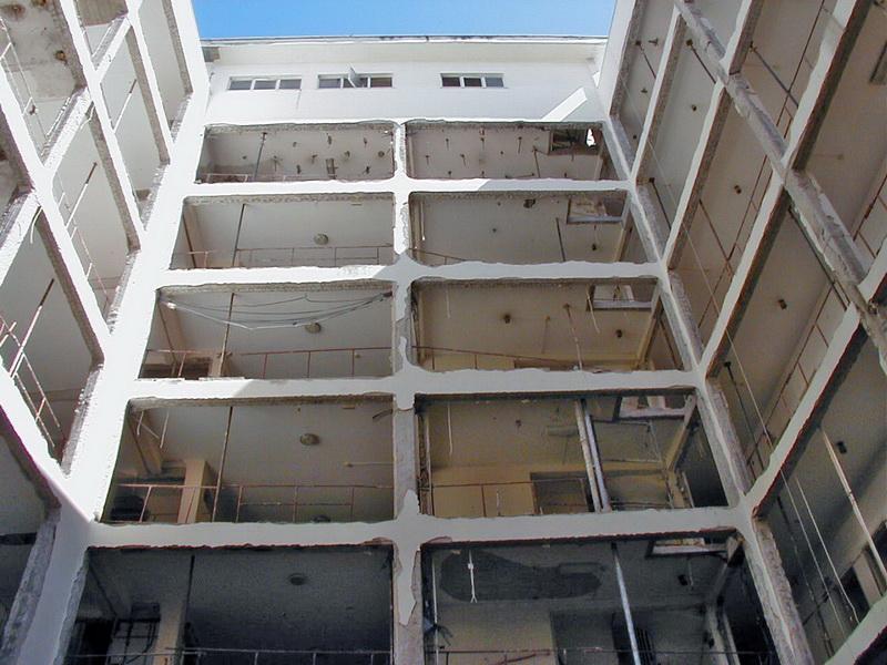 Palirroia Hotel, Chalkis-Undisturbed cutting