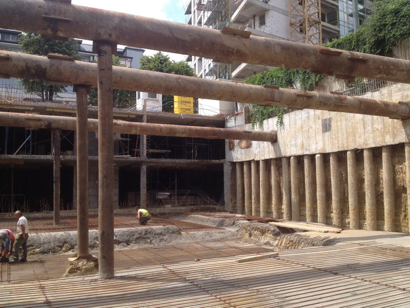 Circului Park Tower, Underground Parking, Bucharest-Foundation slab of varying thickness, Construction phases