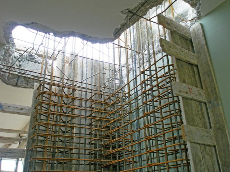 Aneli Villas, Aegina Isle-Strengthening with new shear walls, Construction phases