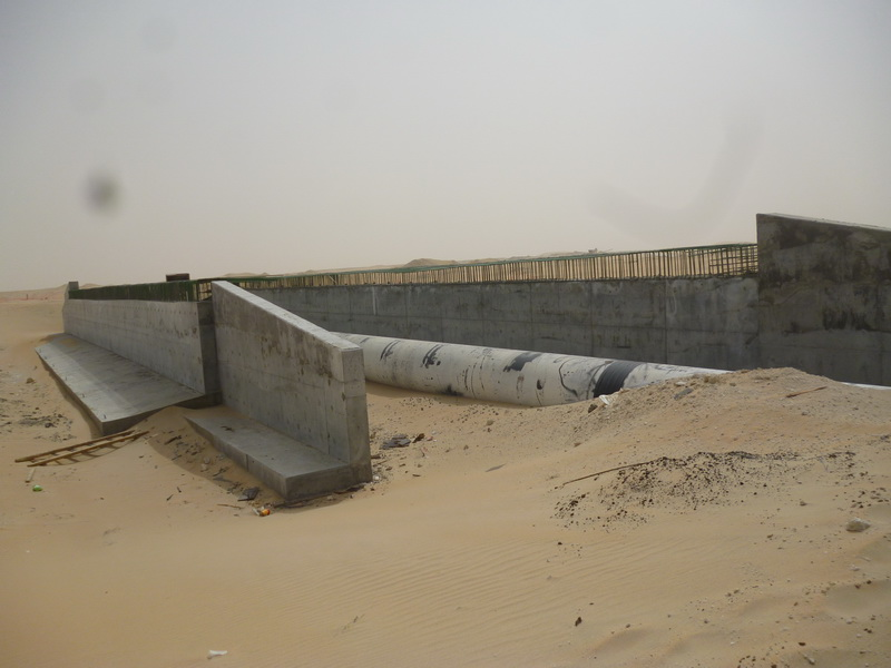 Pipe Protection Frame 8m Span, 32m Long, Saudi Arabia - Integral bridge, Erection of the structure