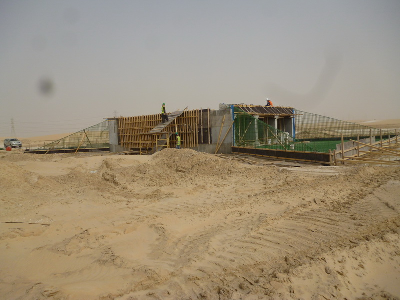 Triple Cell Drainage Culvert, Saudi Arabia - Erection of the structure